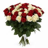 Букеты из Красно-Белых Роз