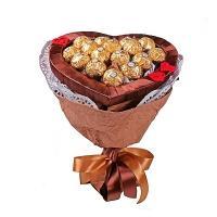 Букет из конфет «Сердце Ферреро»