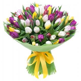 Букеты из Разноцветных Тюльпанов