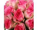 Розы «Малибу» в шляпной коробке